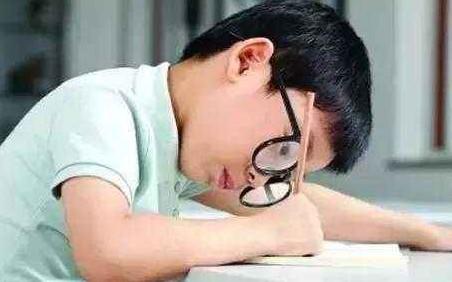 视力康复加盟店多重近视相关疾病都能治疗么?
